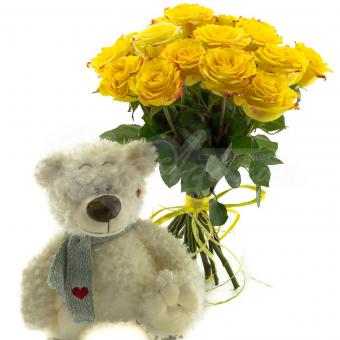 Букет из 15 роз с мягкой игрушкой