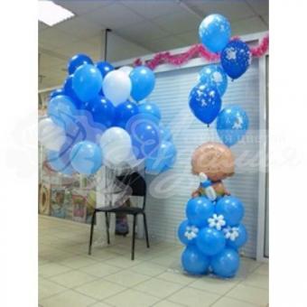 Композиция из шаров на Выписку «Малыш на облаке из шаров»